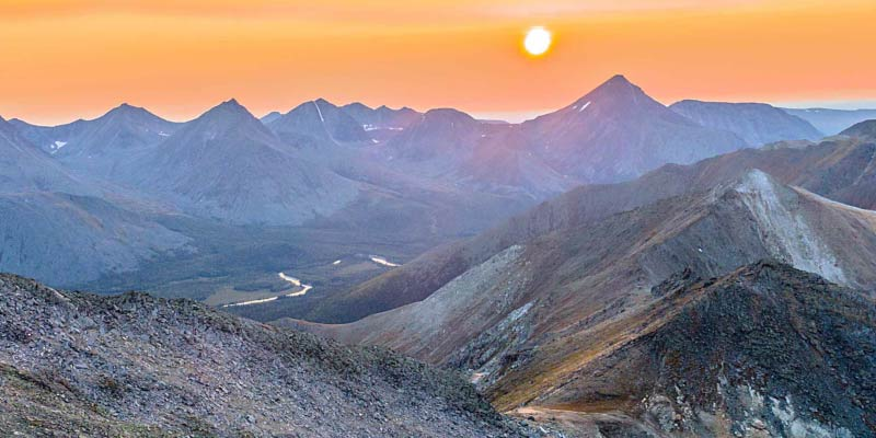 "Новый ролик ""Ural Mountains. Manaraga / Уральские Горы. Манарага (Drone Hyperlapse)"""